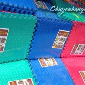 Xốp trải sàn màu vân khế Tường Lâm 60×60
